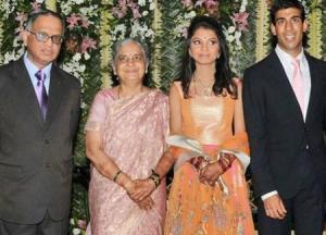 Chief Mentor of Infosys Technologies Narayana Murthy and wife Sudha Murthy