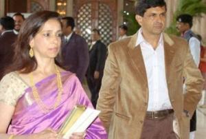 Prakash Padukone and his wife